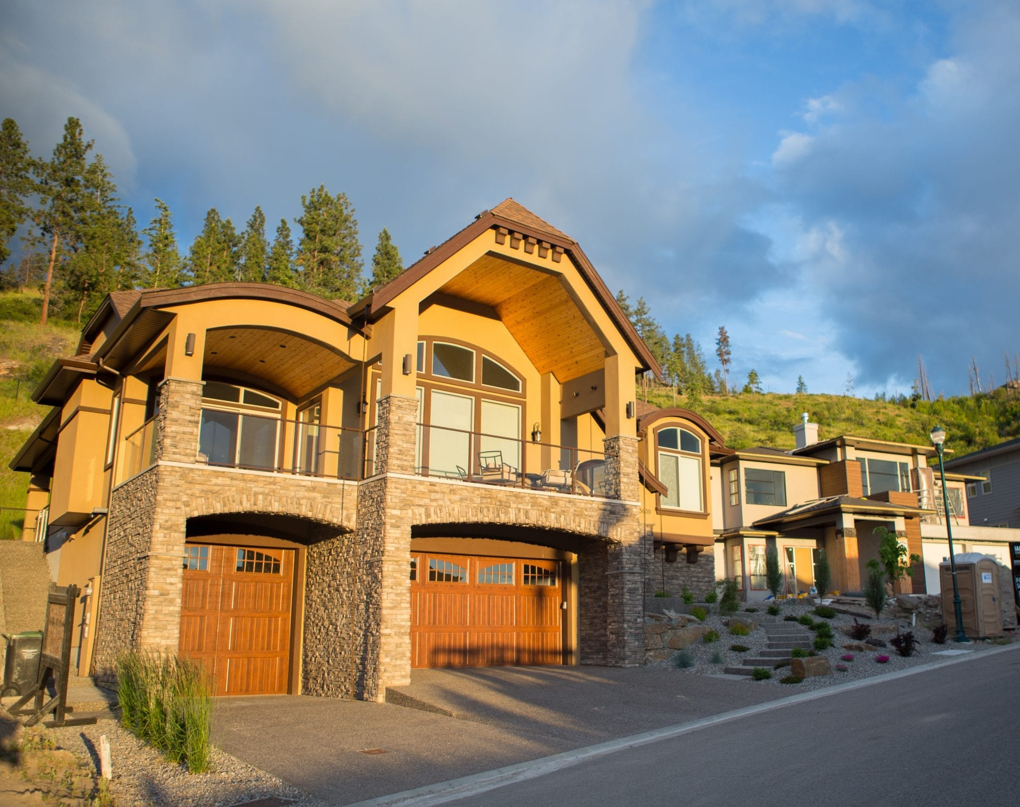 Kelowna custom home builder cherry lane homes cherry for Custom house builder online