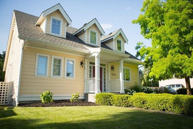 Kelowna Custom Home Builder | Cherry Lane Homes | Cherry Lane Custome Home Builders Kelowna 1034 Borden Ave 01